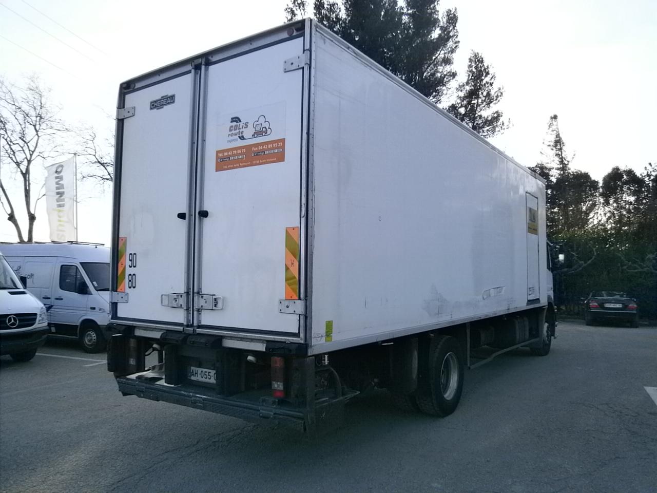 camion frigorifique mercedes neuf. Black Bedroom Furniture Sets. Home Design Ideas